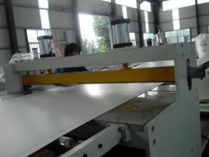 PVC自由な泡のシート押し出し機