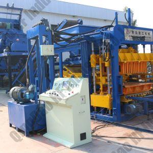 O Qt10-15 Automático e máquina para fazer blocos de intertravamento de betão Hidráulico / máquina de tijolos ocos de cimento