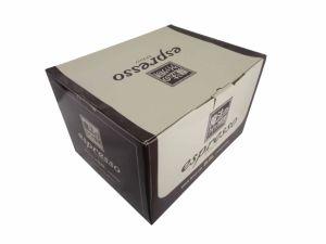 Caja de cartón impreso negro mate con asa
