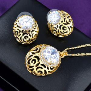 Hueco de la moda de aleación de diseño de pendientes Joyería de cristal Colgante Collar Conjunto