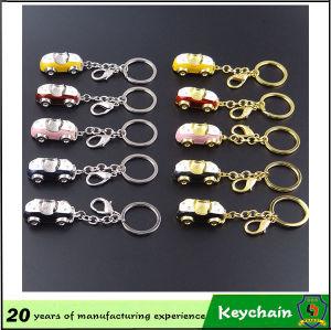 Giocattolo di figura dell'automobile con la catena chiave
