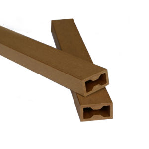 ひび抵抗力がある屋外の携帯用共押出しWPC Deckingか防水WPCの床板