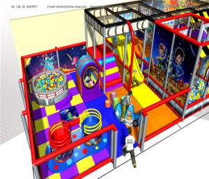 Alegrar a temática do espaço de Diversões playground coberto o equipamento de fitness