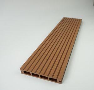 WPC Hollow parrillas al aire libre pisos de madera compuesto de plástico ranurado Tb02b