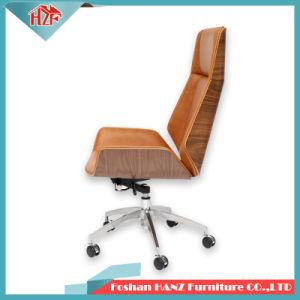 Ben Wood Leather Swivel Meeting Manager Cadeira de escritório com Hand-Rest (Hz-506)