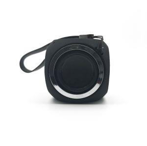 강화된 베이스와 붙박이 마이크를 가진 Bluetooth 소형 휴대용 무선 스피커