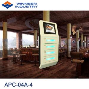 壁の台紙の携帯電話充満端末を広告するカジノの速い料金