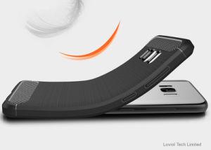カーボンファイバーのデッサンはTPUのSamsung A6 2018年のための柔らかい電話箱を並べる