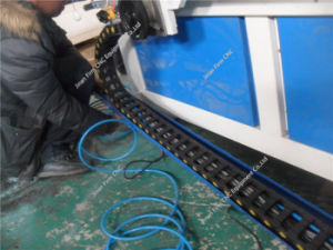 지능적인 CNC는 다중목적 목공 기계를 도구로 만든다