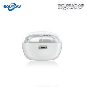 双生児の小型無線BluetoothのヘッドセットTwsは防水Earbudsを遊ばす