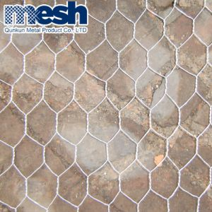 工場価格の1.8mx30m電流を通された六角形の金網