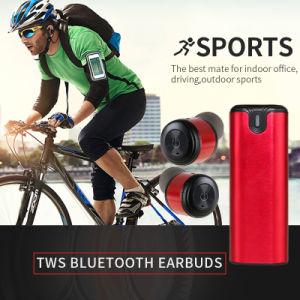 充満ケースが付いている新しいデザインTws Bluetoothのヘッドセットのイヤホーン