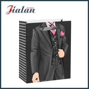 Nouveau design chiffon de papier d'emballage d'hommes Shopping sacs cadeaux