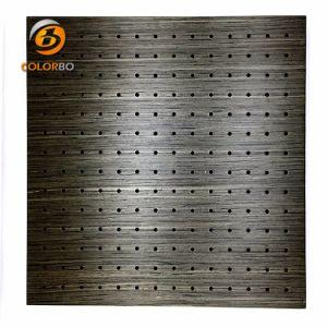 Thema: ein ruhiger Platz durchlöcherte hölzernes Bauholz-akustisches Panel für Schule/Büro