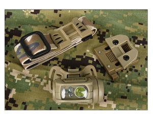 屋外スポーツの戦術的な小型ヘルメットヘッドライト懐中電燈HK15-0065