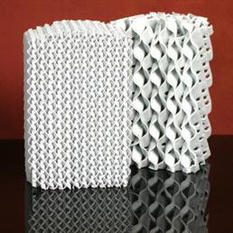 Embalagem estruturado em cerâmica para a transferência de calor e aplicações de transferência em massa
