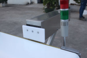 食糧機密保護の探知器のコンベヤーベルトの金属探知器機械