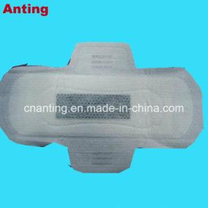 Крылатые формы и используется в ночное время леди санитарных Napkin