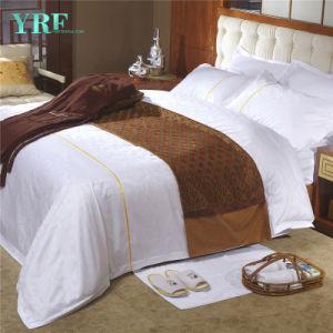 Juego de hojas está equipado el Hotel Nuevo diseño de ropa de cama Queen Size edredón nórdico