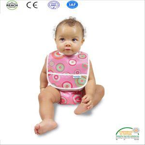 Super resistente al agua barata baberos desechables de bebé
