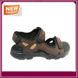 Nouvelle conception de l'été chaussures sandales de plage