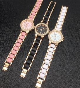 Les femmes blanc céramique montre-bracelet en plastique Le plastique Mesdames Montres#V862