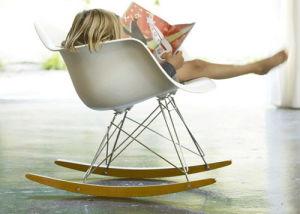 Sedie A Dondolo Bambini : Bambini bambini eames sedia a dondolo u bambini bambini eames