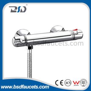 Hoher Messingfluss-thermostatischer Badezimmer-Dusche-Stab-Mischer