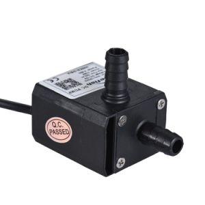 La CC 12V senza spazzola scorre pompe anfibie del rotore magnetico permanente 220h/L per lo stagno di pesci