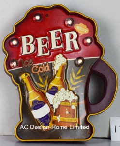 Decoración Vintage antiguo relieve la cerveza helada Diseño del bastidor de metal y plástico Decoración de pared con luz LED