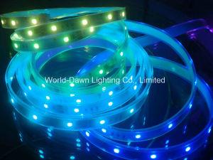 Indicatore luminoso di striscia di Digitahi RGB LED con CI all'interno