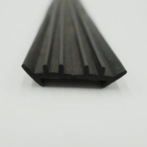 Striscia di plastica trapezoidale della guarnizione del PVC con le scanalature