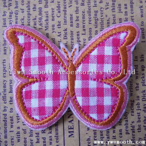 Zone su ordinazione del ricamo della farfalla di modo della fabbrica per la decorazione degli accessori dell'indumento