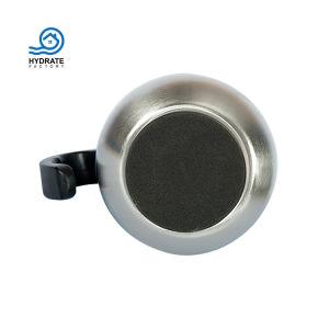 La forme d'oeufs d'isolement café sous vide en acier inoxydable Tumbler poignée Witth