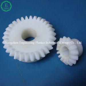 Engrenagem de POM plástico de alta precisão