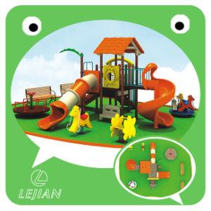Populaires intéressant terrain de jeux pour le parc en plastique de plein air avec un certificat