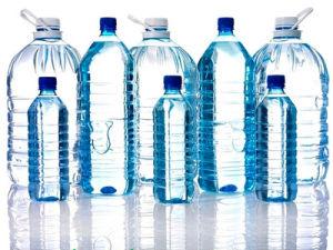 4 Kammern bearbeiten die haltbare Plastikflasche, die Maschinen-Preis bildet