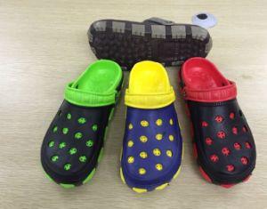 Les hommes de jardin OUTDOOR Chaussures EVA occasionnels de boucher différents