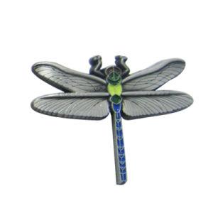 공장 직접 가격 주문을 받아서 만들어진 Eco-Friendly 나비 다채로운 연약한 사기질 3D 금 아연 합금 Pin 기장 (072)