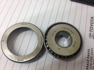 Rodamiento de rueda no estándar del precio de fábrica del rodamiento del balanceo Bt1b328406 a/Q