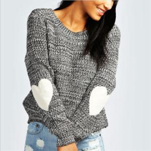 Lavori o indumenti a maglia delle donne inverno/di 2017 i più nuovi autunni con il jacquard del maglione del cuore