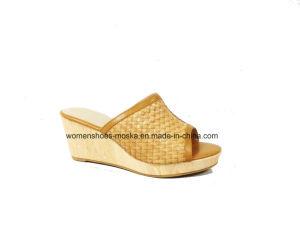 Chaussures en gros de poussoir de santal de cale de talon haut de femmes pour des loisirs