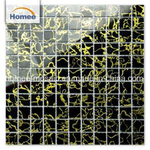 Haus-Wand-dekoratives materielles auf lager schwarzes Mischungs-Goldmuster-Glas-Mosaik