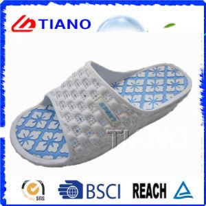 Nouvelle chaussure à talons hauts de style nouveau style (TNK24980)