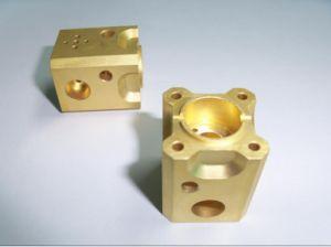 Hoogstaand of Precisie Aangepast Aluminium CNC het Machinaal bewerken of Machinaal bewerkte Component, het Blok van het Aluminium