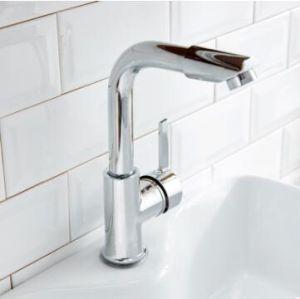 洗面台の水栓水蛇口の浴室の台所