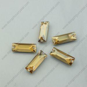 De gouden Schaduw naait op Stenen