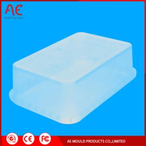 プラスチック透過コップの注入型