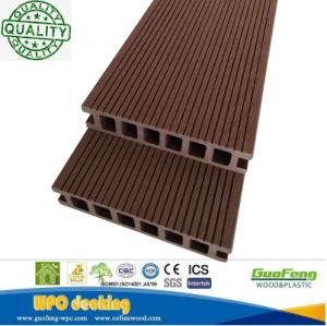 Le WPC de plein air de bonne qualité Composite Decking WPC plancher stratifié