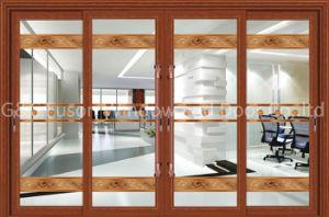 L'alluminio +Glass sceglie l'attaccatura facendo scorrere i portelli interni